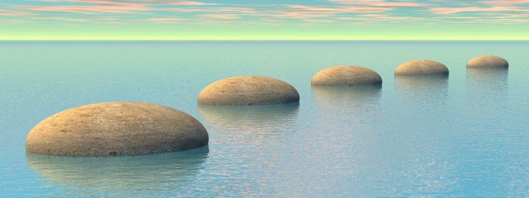 camino de rocas en el oceano